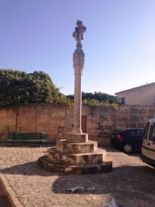 Han entrat en un domicili del carrer Nou, situat a una vintena de metres de la creu d'en Rebassa.