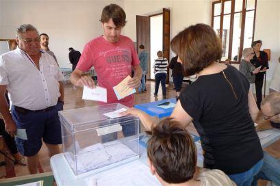 Mulet, en el moment de la votació.