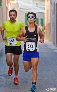 Biel Gacies 'Confit' durant una cursa local, fa quatre anys. [foto: Macià Puiggròs]