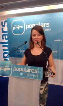 La periodista, ahir, quan es va presentar als dirigents del partit, i va exposar les seves línies d'actuació.