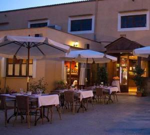 El Restaurant sa Fàbrica ha patit robatoris en diverses ocasions. [foto: Facebook]