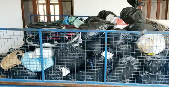 Un dels remolcs que dilluns seran portats a Inca, per després ser transportats cap a la frontera europea.
