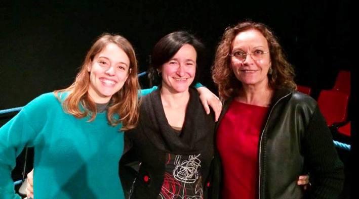 Isabel Rocatti Campos, Marta Barceló Femenías i Maria Rodríguez Soto, despús-ahir a la Sala La Planeta. [foto: Facebook]
