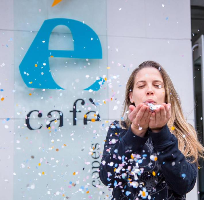 Na Caterina Sabater us convida a l'aniversari de l'Écafè. [foto: Facebook]