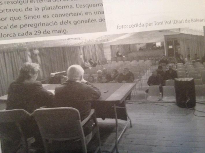 La Díngola en paper es va fer ressò d'una conferència presentada per Campos i on Valtònyc era entre el públic.
