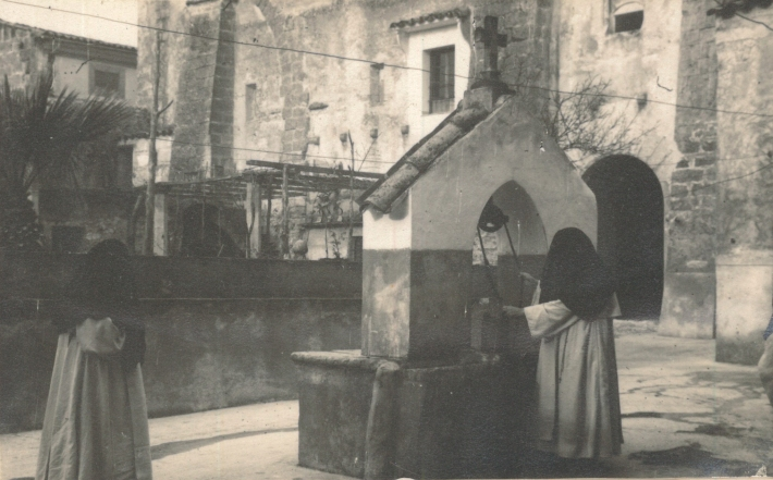La cisterneta de la cuina (primera meitat del segle XX), fotografia cedida per la família Rotger-Gelabert.