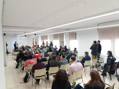 El batle de Sineu, Miquel Gelabert, explica com es va aprofitar la darrera ajuda del Consell per a habilitar l'edifici polifuncional de la Quintana.